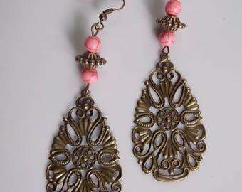brass Teardrop and pink howlite beads