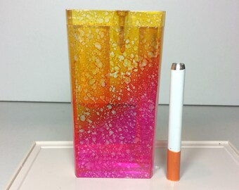 "One Hitter Dugout Pink Yellow Red Blended Sponge Clear Acrylic Resin Spring Loaded 4"" Tobacco Box Pocket Case + 3"" Digger Bat Pipe FAST SHIP"