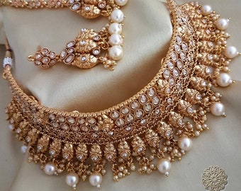 Fashion Jewellery Indian Beaded Beautiful White Pearls Necklaces Classic Charming Cute Gold-toned Sets