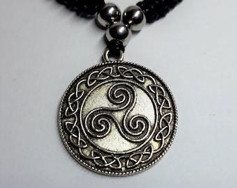Triskel, symbol macramé necklace, black, Celtic, women's and men's jewelry, unique