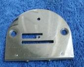 Singer 221K Featherweight sewing machine original Feed Dog Plate Simanco 45772
