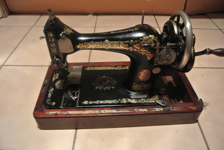 Ancienne Machine A Coudre antique singer 28k hand crank sewing machine,vintage sewing machine, sewing  machine, sewing machine singer, antique sewing machine,