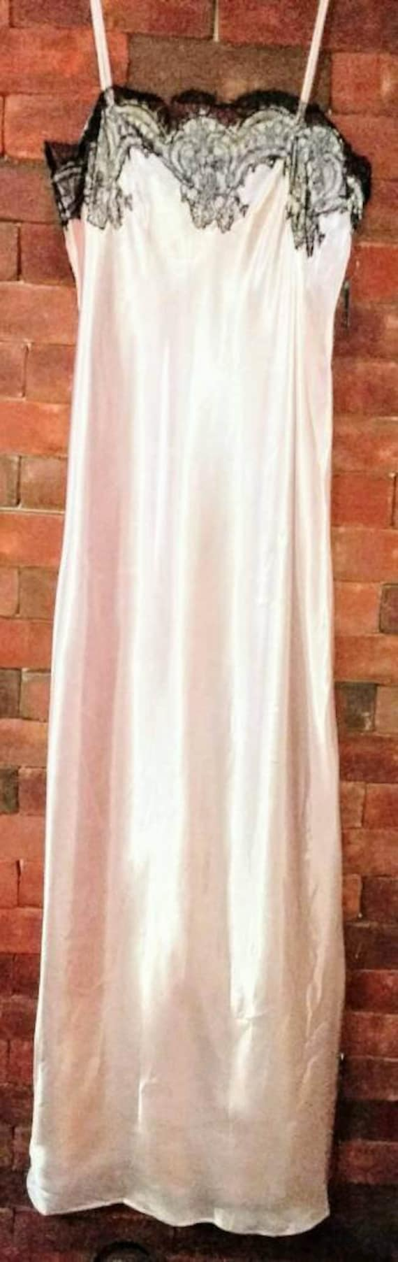 Georgette Trabolsi Long Pink Satin Gown with black