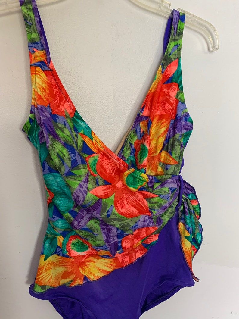 Adorable 90s Floral colorblock one piece swim suit womens 12 medium large criss cross tie single bathing costume purple orange flowers