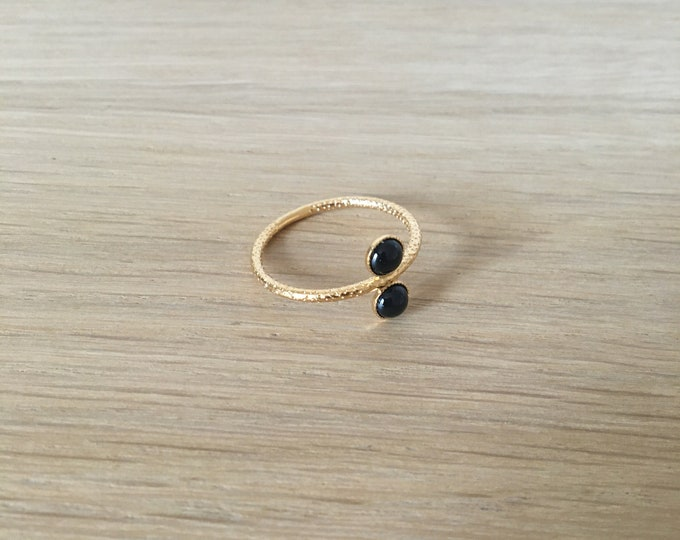 Ariane golden ring with 2 cabochons in black agate - Intuitu Paris