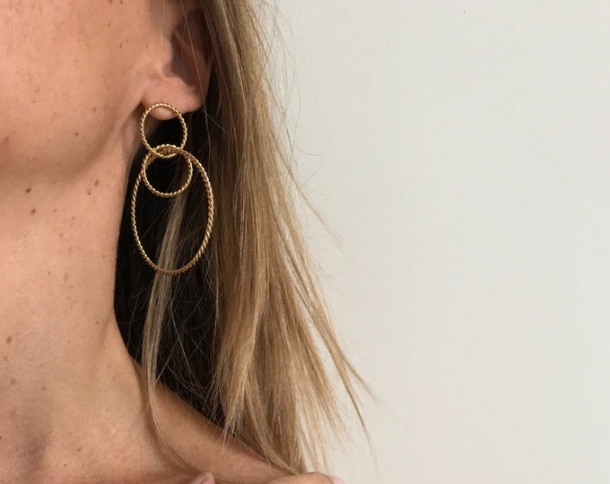 Three-ring hoops in twisted yarn, gilded with fine gold-jewellery Intuitu Paris