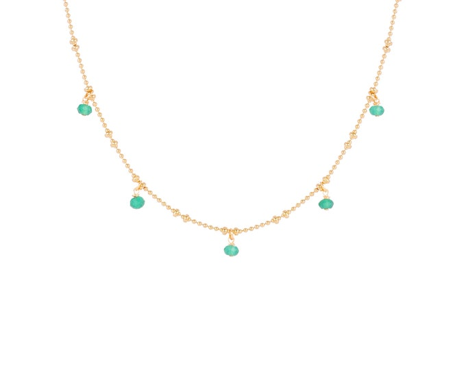 Necklace gilded with fine gold in ball chain with 5 green onyx pearls