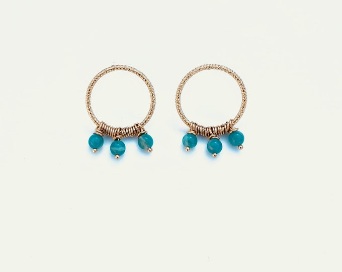 Golden ariane earrings : amazonite and engraved wire - Intuitu Paris