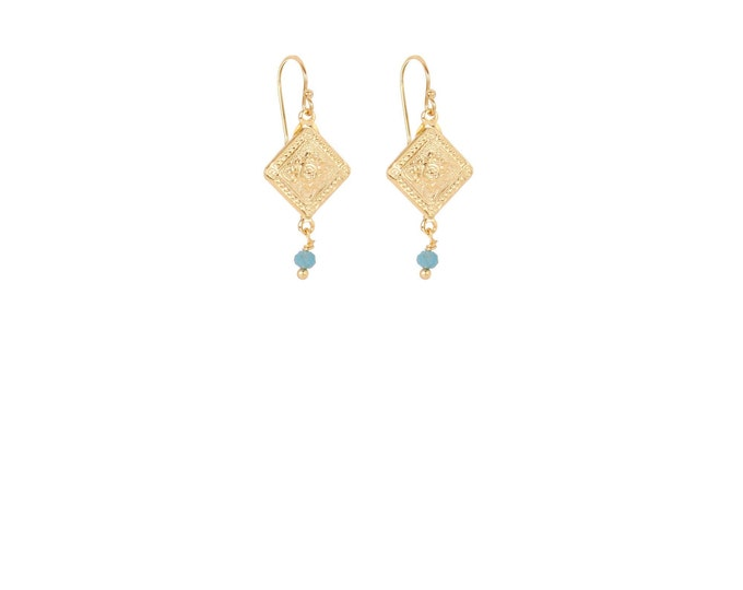 Short antique gold earrings with blue apatite drop
