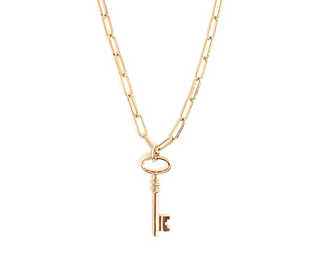 CLEA golden necklace : key pendant on square chain - Intuitu Paris