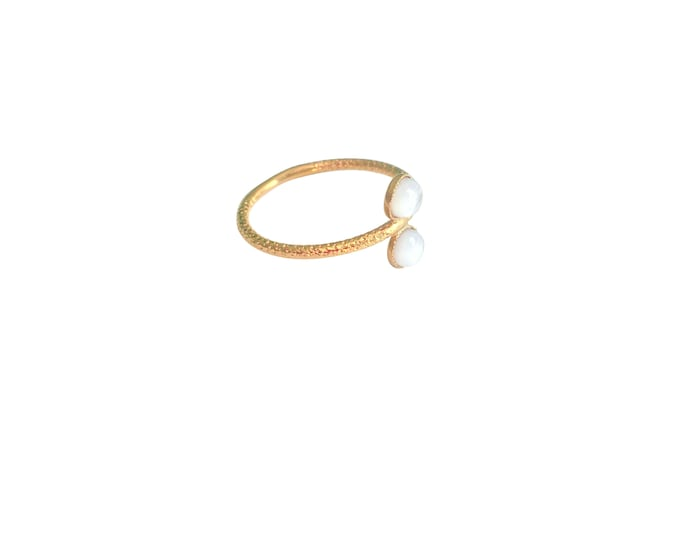 Ariane gold ring with 2 cabochons in mother-of-pearl - Intuitu Paris
