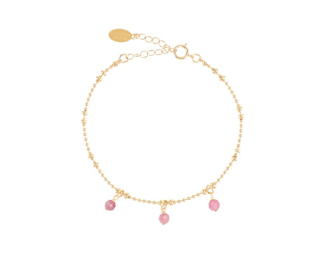 Gilded bracelet with fine gold in ball mesh with 3 pink tourmaline stone pendants