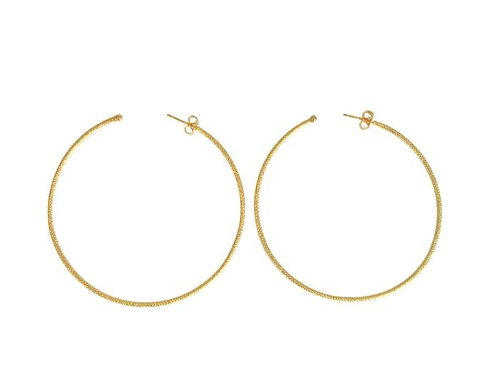Maxi engraved wire hoop earrings - Intuitu Paris