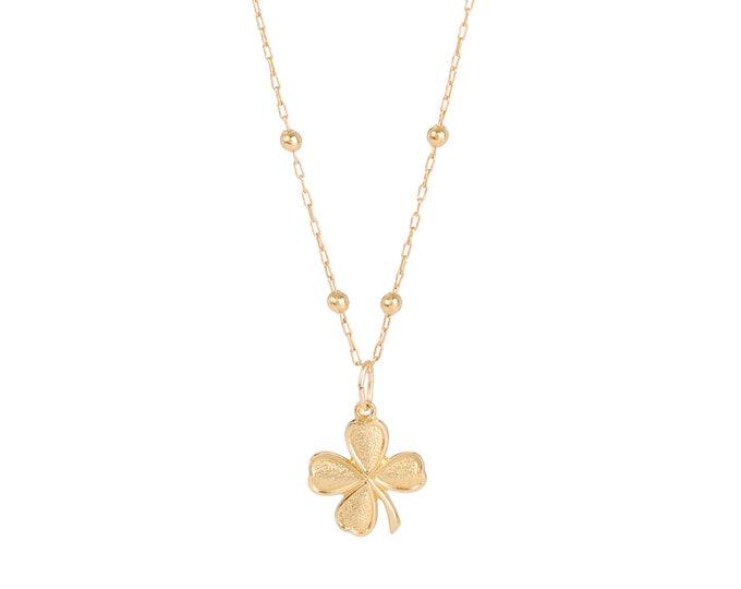Gold clover necklace on a beaded chain - Bijoux Intuitu Paris