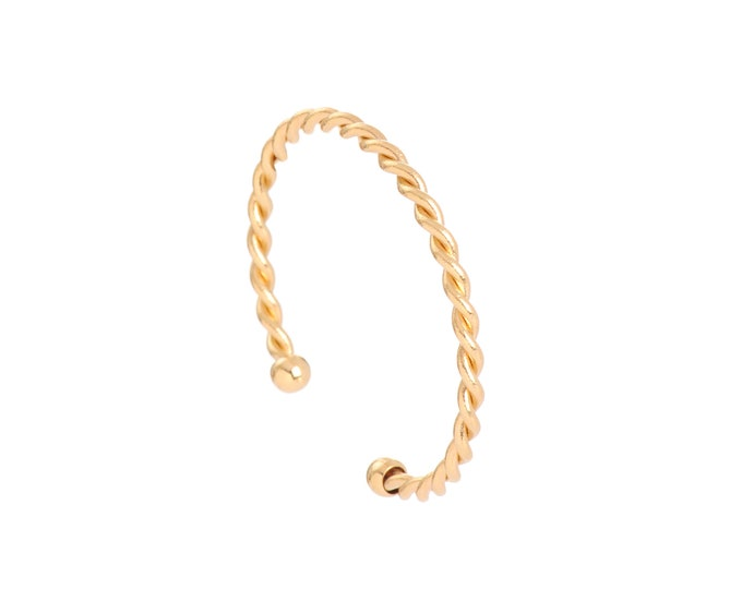 Golden or silver twisted bangle