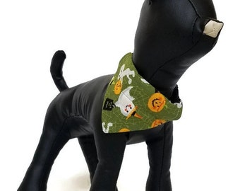 Over the collar dog bandana, Xsmall, slip over the collar bandana, Halloween dog bandana, reversible bandana, green, pumpkins and phantoms