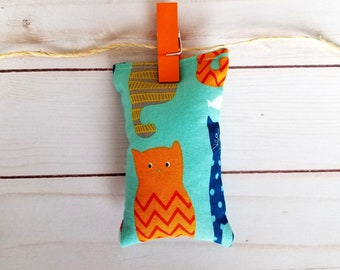 Cat toy, catnip toy, cat furniture, pillow bag, organic catnip toy, cartoon cats, blue, cat lover gift, kitten play, toys for cats, cat gift