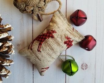 Original cat toy, catnip cat toy, pillow shape cat toy, deers motif, buffalo plaid red and black, organic catnip, Christmas stocking