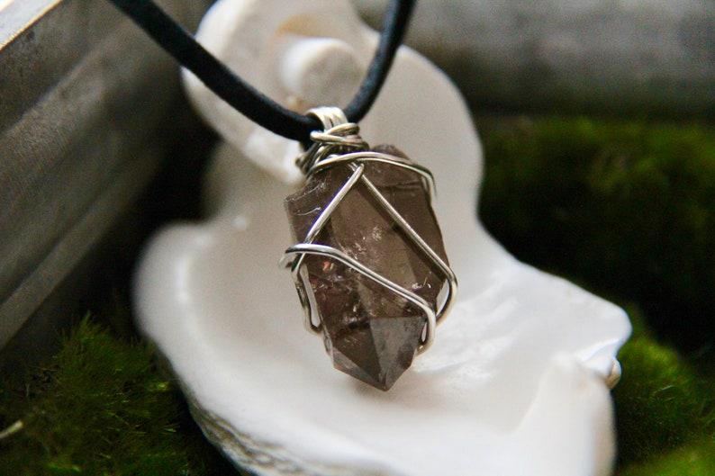 Raw Smoky Quartz Crystal Necklace Natural Smoky Quartz Crystal Choker Boho Crystal Healing Necklace Black GemStone Necklace Root Chakra