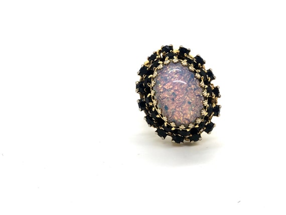 Vintage Pink Fire Opal Cabochon Cocktail Ring with