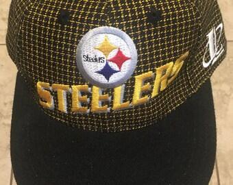 b9865693cf2 Vintage 90S Pittsburgh Steelers NFL team hat   nfl pro line   logo athletic    football
