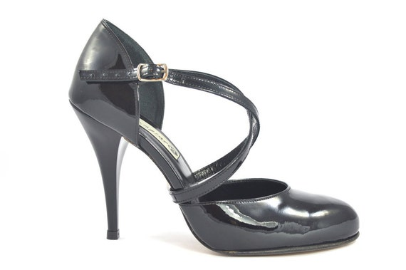 9ae1a480df4a8 Imagine F-639 Women Tango Shoes, Classic closed toe model with crossed  straps in black patent leather, heel 10cm, leather sole