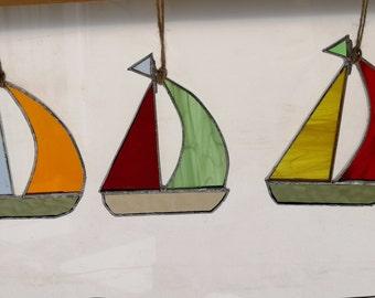 stained glass boat sun catcher, suncatcher