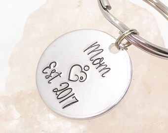 New Mom Gift, Mothers Day Gift, Baby Shower Gift, New Mom Keychain, Gift for Mom from Daughter, Personalized Mom Gift, New Mom Gifts