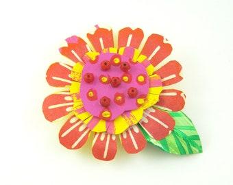 Funky Flower Magnet: Red Blossom