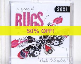Mini CD Case Compact Bugs Desk Calendar 2021