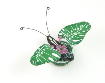 Tropical Leaf Bug Bottle Cap Refrigerator Magnet