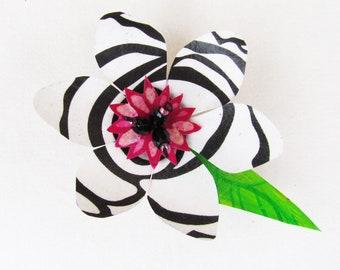 Funky Flower Magnet (Large): Zebra Lily