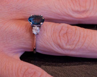 London Blue Tapaz and Zircon 18 K White Gold ring