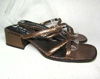 1cf859e02c10 90s leather sandals