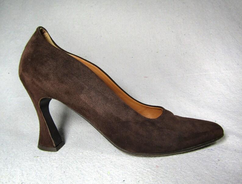 adc5e05129cb0 Sz 8 vintage 70s Pupi Dangeri pumps / brown suede heels / | Etsy
