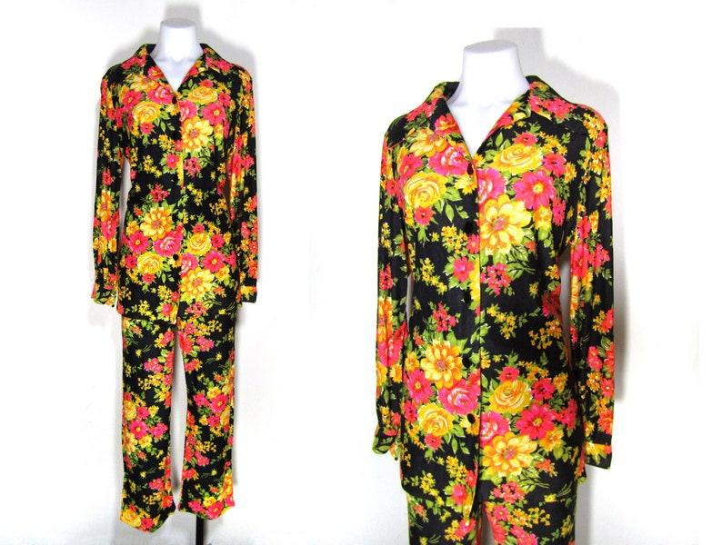 d9e9418ca203 Sz. M L vintage 60s floral pantsuit floral blouse floral