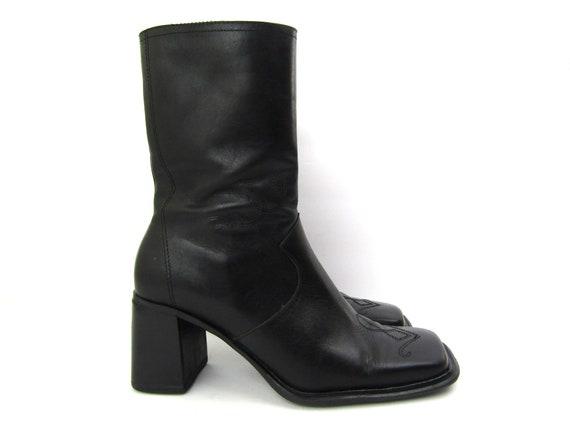 7.5 Amanda Smith 90s chunky boots 90s