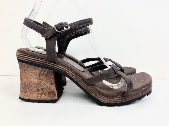 sz 7 | vintage 90s Two Lips chunky wood sandals 90