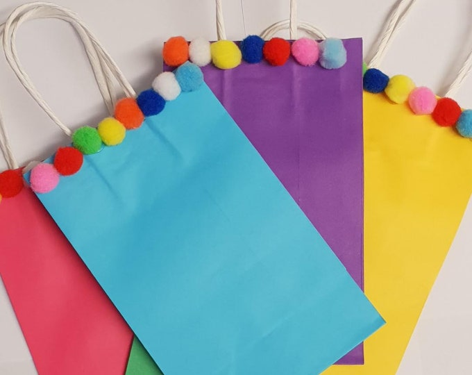 5  Kids Party Bags Pom Pom Favour Bags Gift Bags Treat Bags Sleep Over Bags