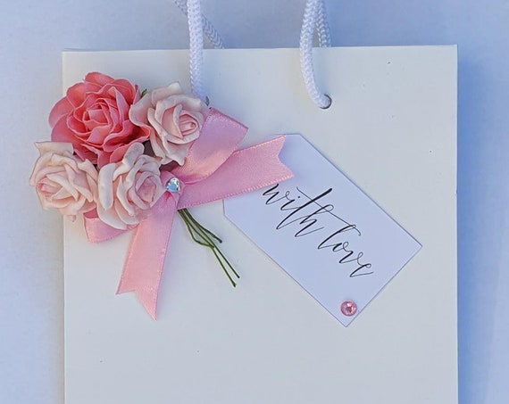 Luxury White Favour Bag with Rope Handle Flower Bouquet Wedding Bridesmaid Bridal Shower Gift Bag
