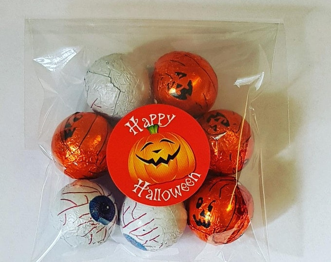 Hallowen trick or treat chocolate sweet party favours gift  5 for 4.50