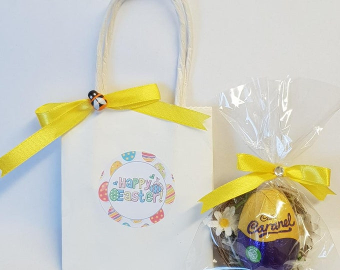 Easter Egg Favours Mini Eggs in Bag Easter Creme Egg Gift Party Teacher Gift