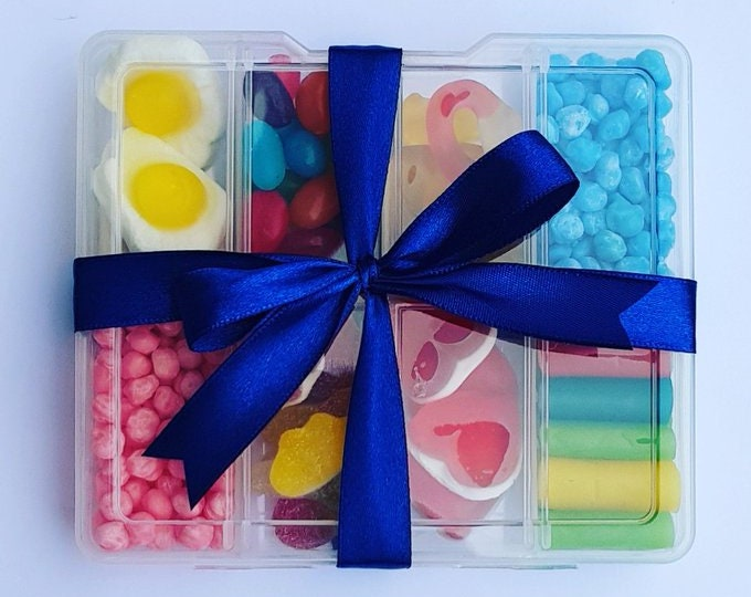 Childrens prefilled sweet boxes Party favours Sweet box