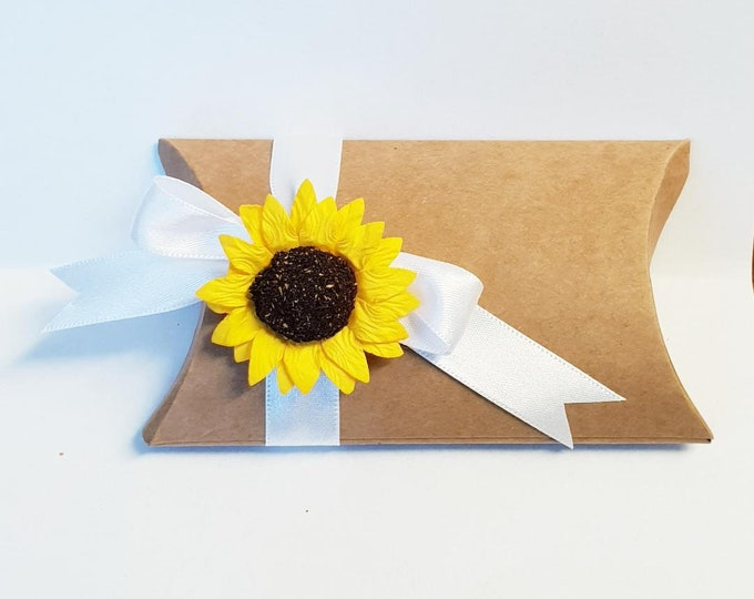 10 x Brown Kraft Pillow Box Favours Wedding Favours Sunflower Daisy Rustic