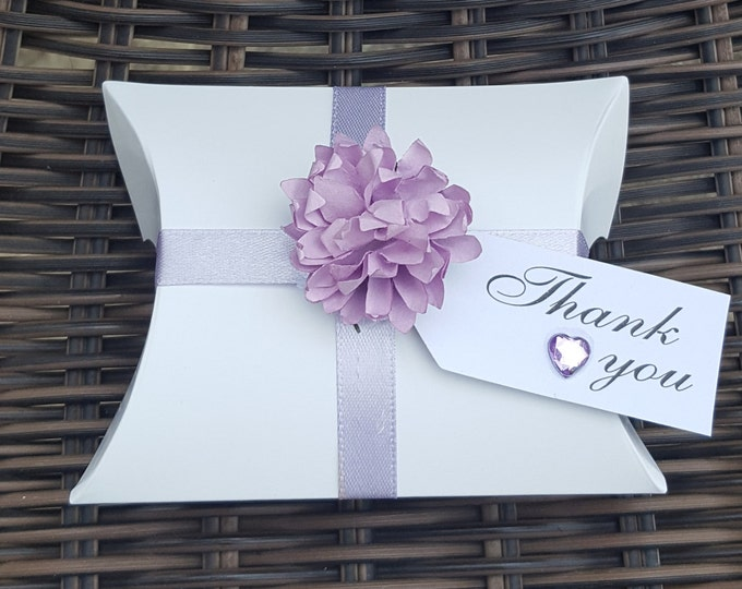 10 Wedding Pillow Box Favours  with Lilac Flower Party Favours