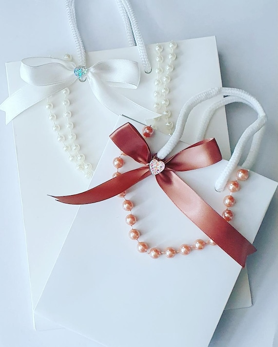 Luxury  Personalised Ivory Favour Bag with Rope Handle  Pearl Wedding Anniversary Party Special Occasion (Qty 1)