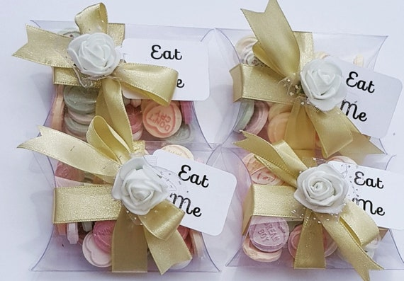 Wedding Favours Baby Shower Love Hearts Pillow Box Favours Party Bridal Eat Me (Qty 1)