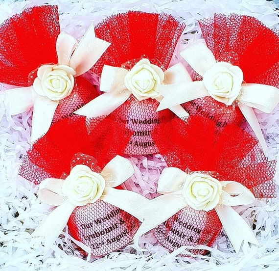Wedding Favours Personalised Candle wrapped in Tulle Bridal Hens  Keepsake (Qty 1)