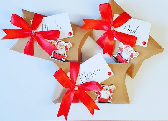Christmas Personalised Seat Setting Pillow Box Favours Place Holder Festive Wedding (pack of 5)