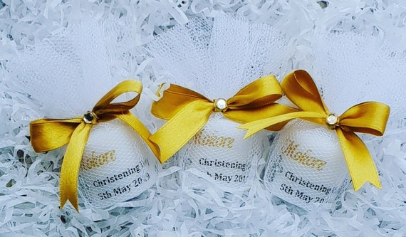 Christening Baptism  Candle Favours in tulle . Personalised candle. Religious Candles